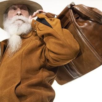 Capybara leather travel bag with buckle lanyard |El Boyero