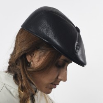 Black cow leather beret