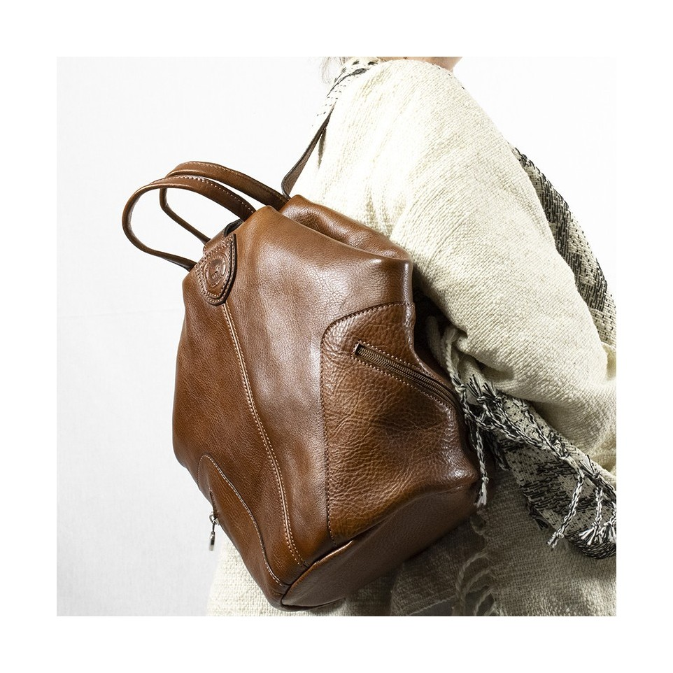 Modern leather backpack – Excellent quality El Boyero