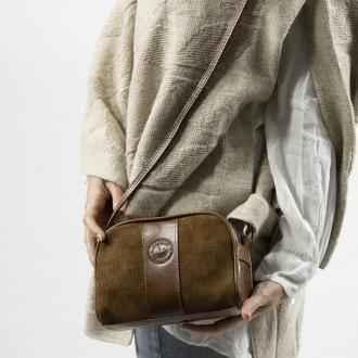 Capybara and cow leather small crossbody purse  El Boyero