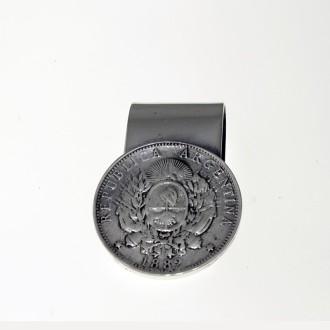 Patacón design nickel silver money clip