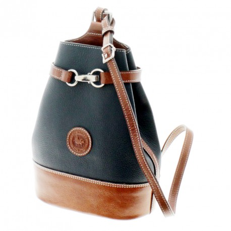 Cow leather small triangle backpack |El Boyero