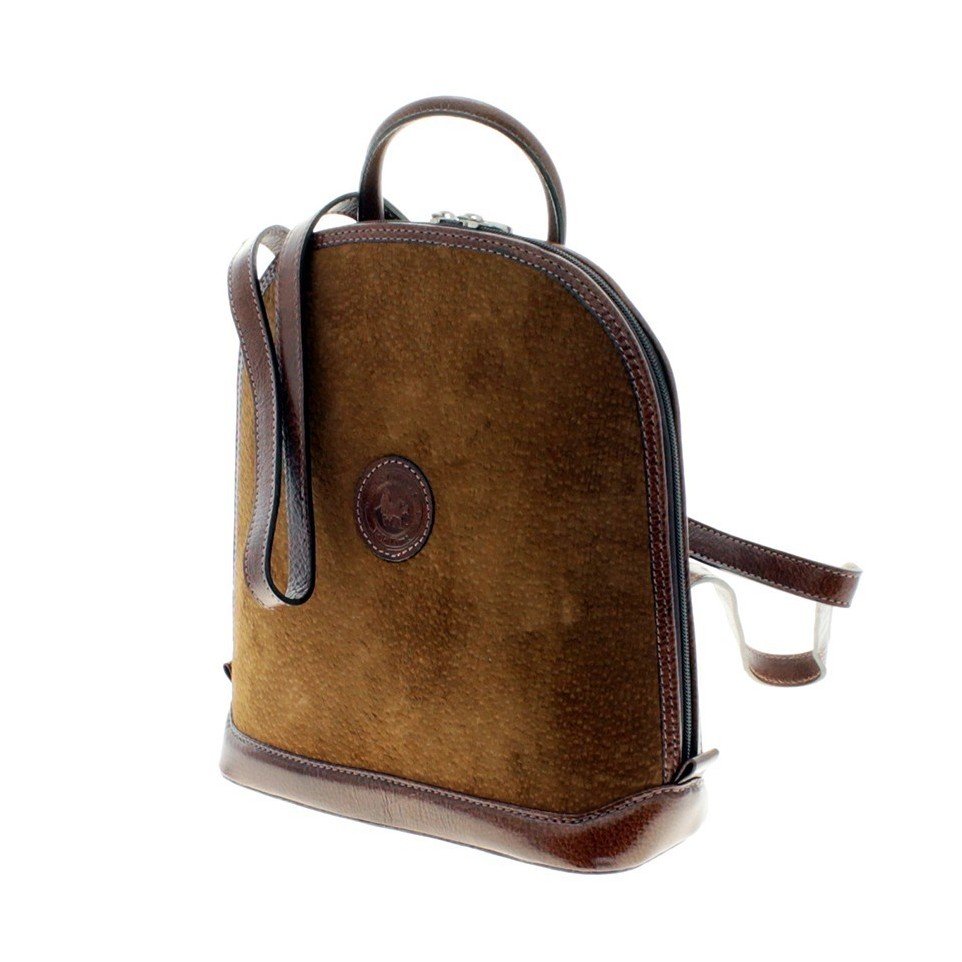 Capybara and waxed cow leather oval backpack |El Boyero