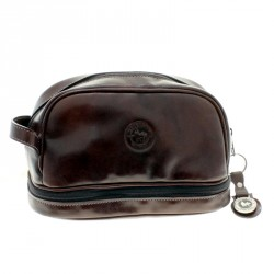 Two compartments toiletry bag of soft cow leather |El Boyero