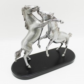 "Escultura ""Dos caballos"" |El Boyero"