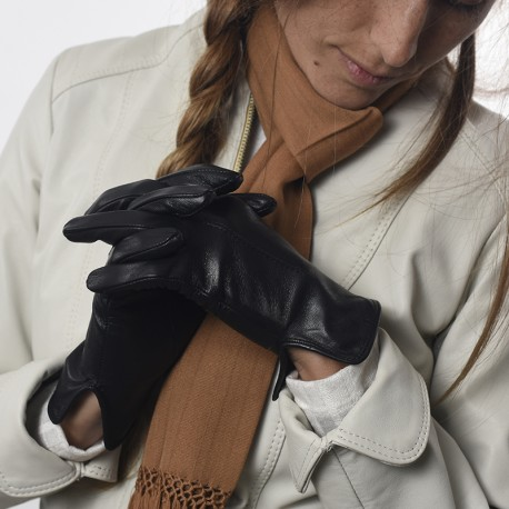 Goat leather lady gloves