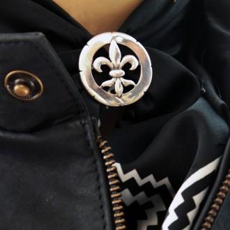 Fleur-de-lis design scarf clip |El Boyero