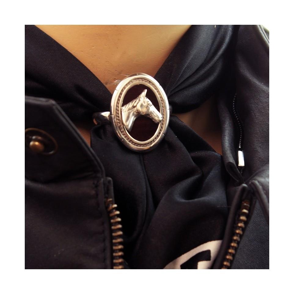 Pasapañuelos oval plata - Diseño caballo |El Boyero