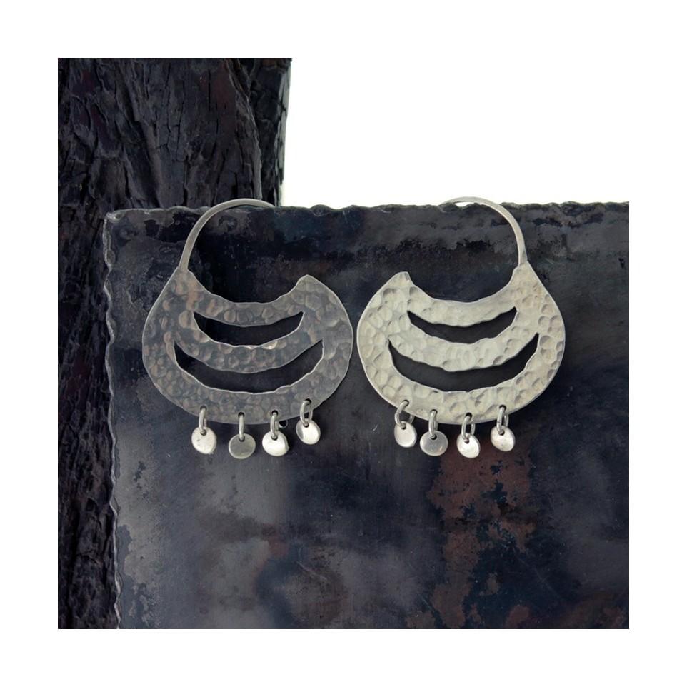 Aros de plata redondos grandes calados con colgantes |El Boyero