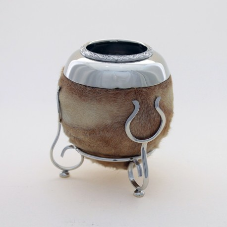 Mate of gourd covered with calf leather