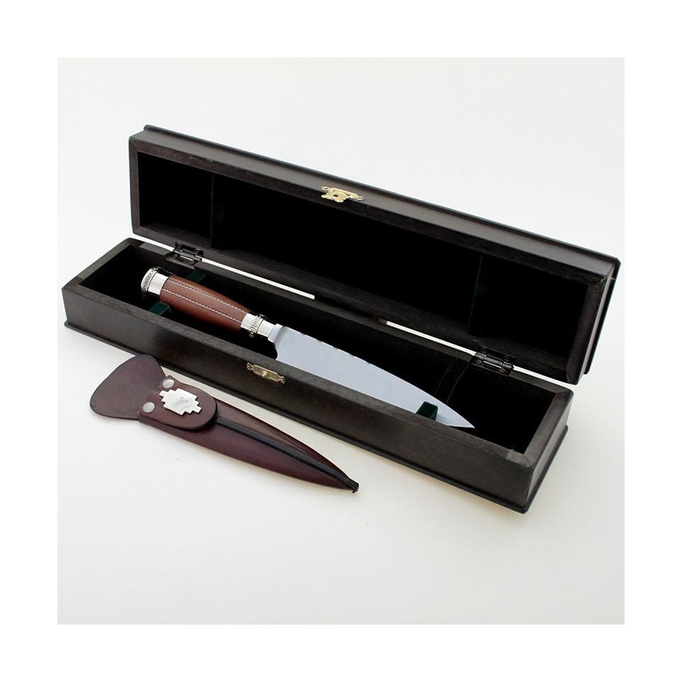 Cuchillo con empuñadura de madera y alpaca en caja