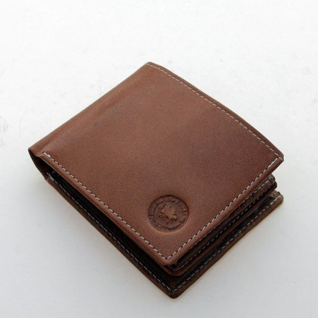 Men's leather wallet with double flap.