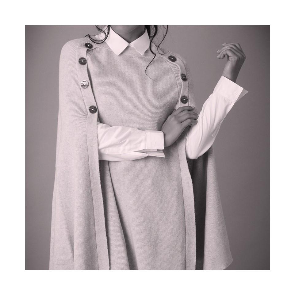 Capa tejida con botones |El Boyero