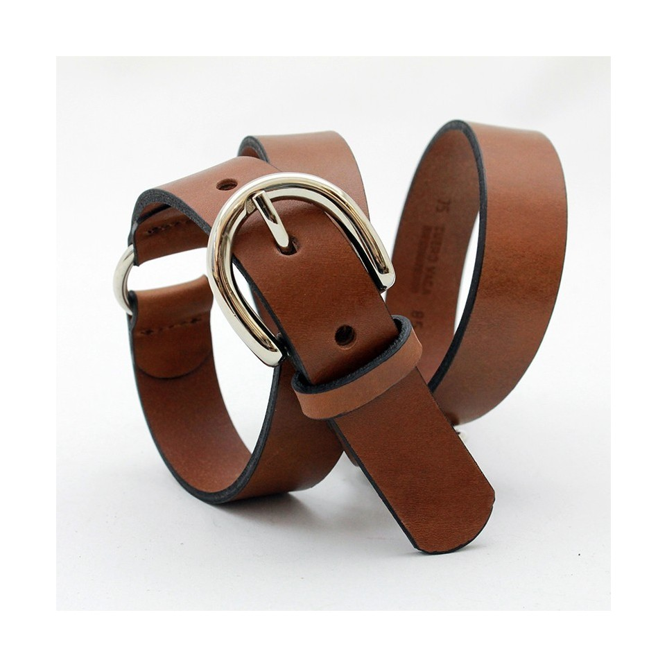 Ladies belt with metal rings