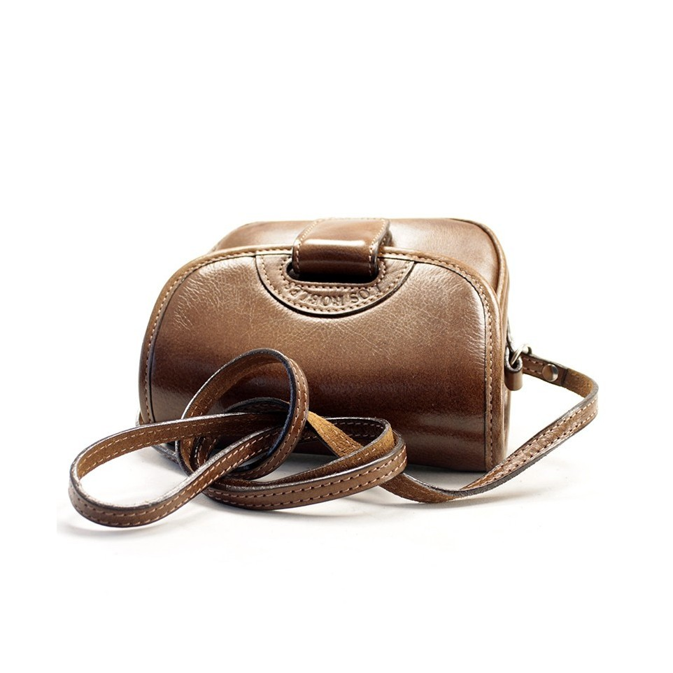 Soft cow leather crossbody purse with fastener