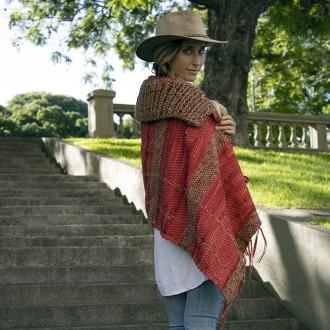 Capa de cuero y lana con cuello El Boyero